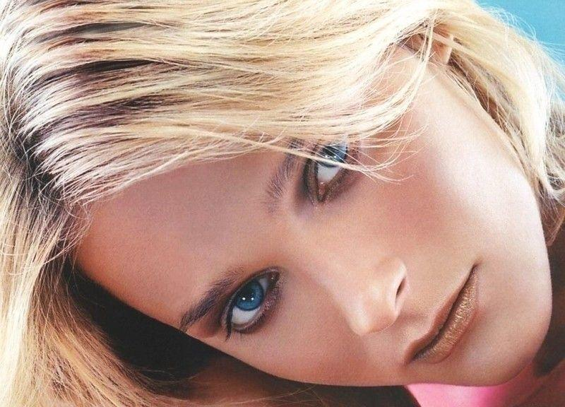 Carmen Kass, supermodelo - a Bela da passarela