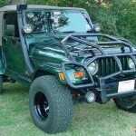 "Protetor frontal ""quebra-mato"" gigante para Jeep"