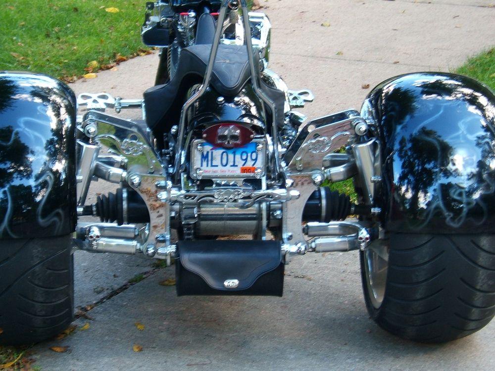Triciclo preto paralamas