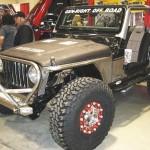 Jeep, a harmonia de tons: alumínio, marrom, preto e vermelho