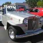 O jeep urbano que não pegou… é Jeepster prata!