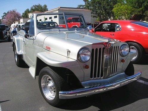 Jeep prata reformado - modelo Jeepster