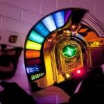 O incrível capacete colorido e iluminado do Daft Punk