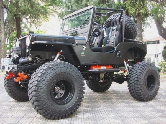 Jeep Willys CJ-3A preto