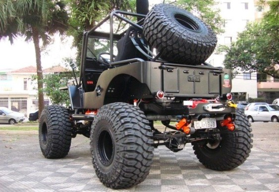 Jeep Willys CJ-3A preto fosco