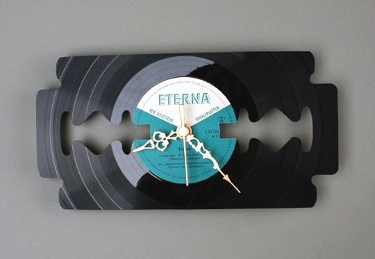 Relógio de parede - disco vinil reciclado