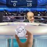 Game online: jogue bolinhas de papel na careca do José Serra