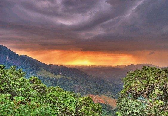 Belvedere - BR-040 - Rio-Petrópolis