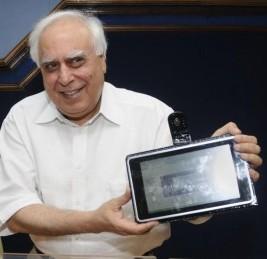 Tablet indiano tipo iPad de 35 dólares