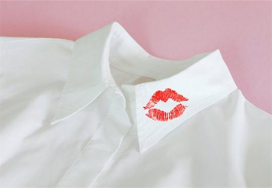 Batom na camisa