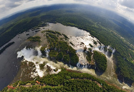 Cataratas do Iguaçú - passeio aéreo virtual