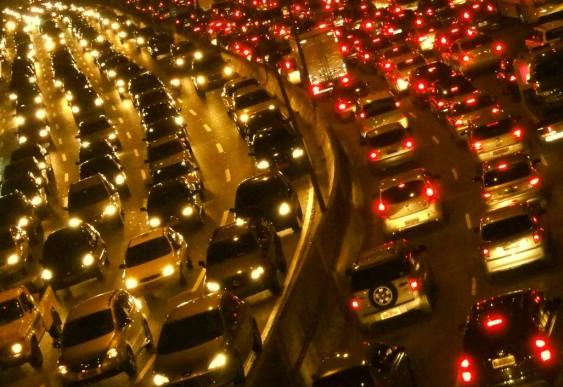 Congestionamento de automóveis