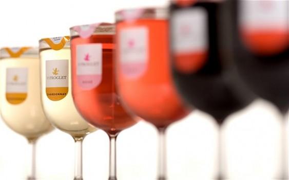 Taça descartável para vinho