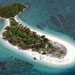 Paraíso tropical: a incrível ilha com a forma de uma baleia