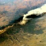 Vulcão perto de capital do México expele cinzas a 3 km de altura