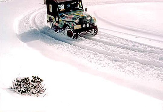 Jeep Willys na neve