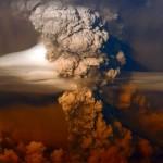 Erupção acalma mas vulcão Puyehue no Chile libera muitas cinzas