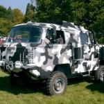 Velha Kombi com nova personalidade off-road de Jeep