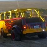 Uma Kombi Baja Buggy para transporte de turistas na praia