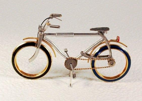 Miniatura de bike - reciclagem