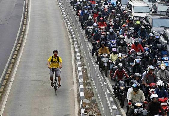 Ciclovia - solução para o trânsito