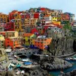 Turismo cultural em Riomaggiore, a cidade colorida do Mediterrâneo