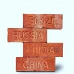 Tijolos maciços na construção da nova economia mundial