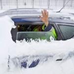 Sem-teto não deve sair de casa no frio, diz ministra francesa