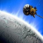 Jatos de água podem indicar evidências de vida em lua de Saturno