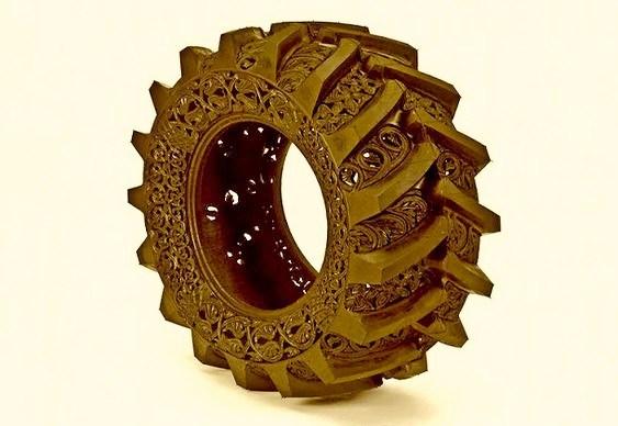 Reciclagem de pneus com arte