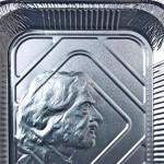 Quando 'quentinhas' descartáveis de alumínio viram arte
