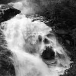 Cachoeira do Carlinhos inunda o Estado e respinga na imprensa