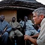 George Clooney recebe apoio mundial pelo Twitter após prisão