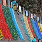 Origamis lembram vítimas no aniversário do tsunami no Japão