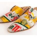 Sapatos de papelão e latas de cerveja são o luxo do lixo