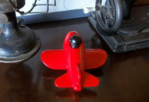 Aviãozinho madeira brinquedo