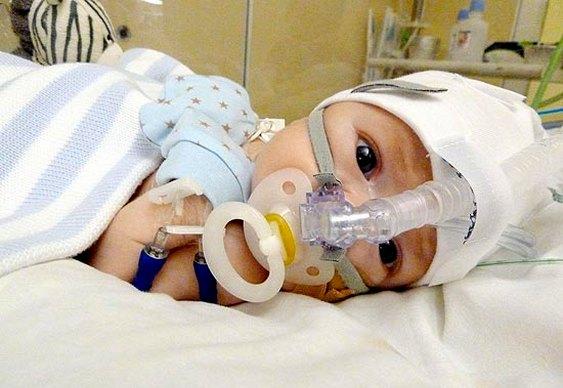 Informações da Internet salvam vida de neném