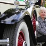 Idosa de 102 anos volta para faculdade que abandonou na Crise de 1929
