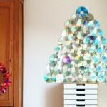 Painéis de árvores de Natal com CDs reciclados para portas e paredes