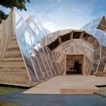 Arquitetura: cúpula geodésica 'desconstruída' em madeira reciclada