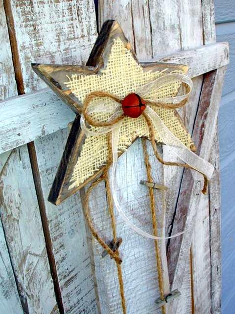 Enfeite reciclado - estrela de Natal
