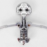 Caveira com esqueleto no saca-rolhas comemora o Dia dos Mortos