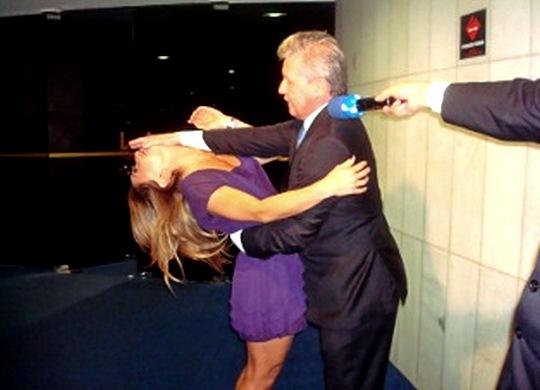 Golpe de Jiu-Jitsu em mulher