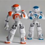 Robôs humanoides interagem com crianças autistas na escola