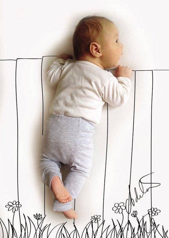 Bebê no cercadinho