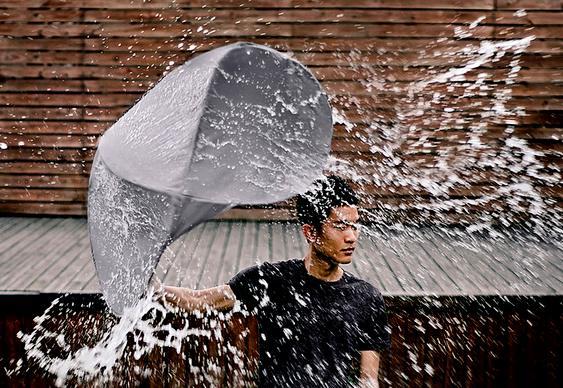 Guarda chuva inspirado em barraca automática