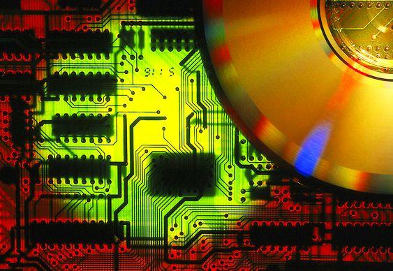 Circuitos eletrônicos reciclados