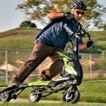 Tribred: triciclo elétrico da Trikke lembra patinetes para crianças