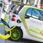 Carros elétricos poderão recarregar baterias, sem fios, à distância