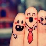 Felicidade pré-fabricada do Facebook, Twitter e outras redes sociais